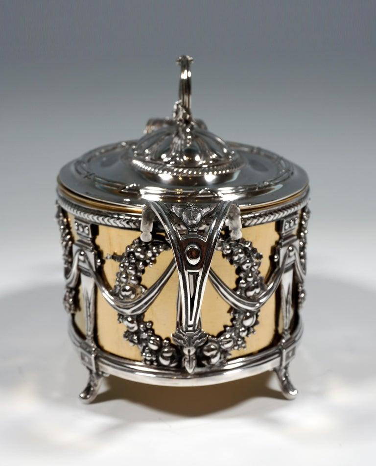Art Nouveau Magnificent Silver Sugar Bowl with Gilding, Adolphe Boulenger Paris, around 1890 For Sale