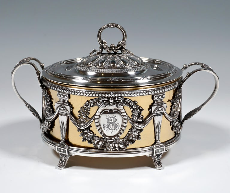 French Magnificent Silver Sugar Bowl with Gilding, Adolphe Boulenger Paris, around 1890 For Sale