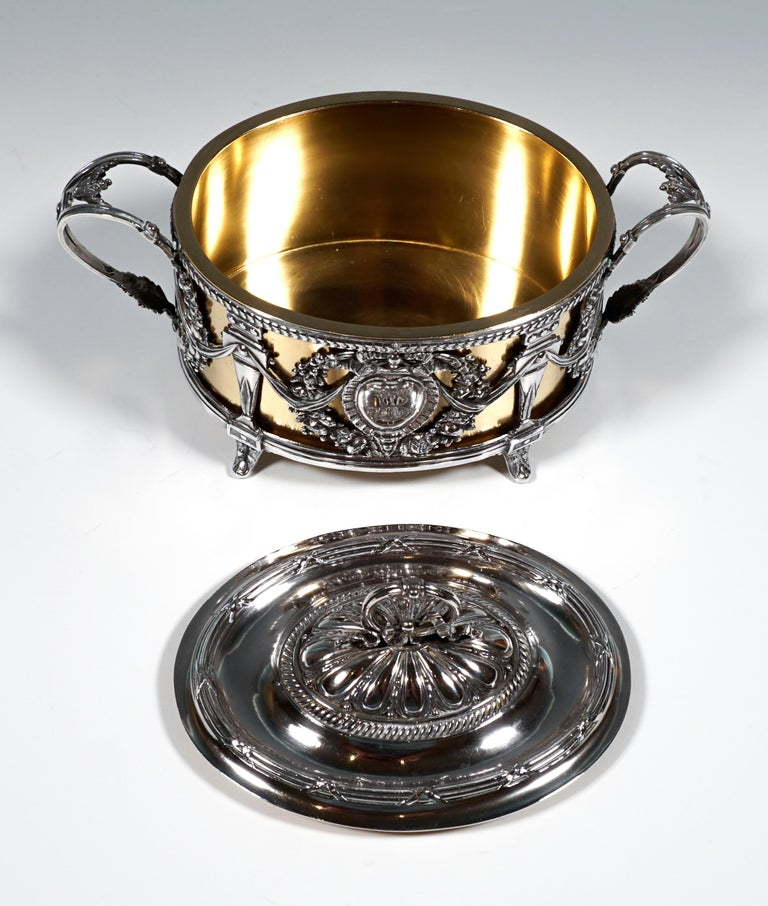 Magnificent Silver Sugar Bowl with Gilding, Adolphe Boulenger Paris, around 1890 In Good Condition For Sale In Vienna, AT