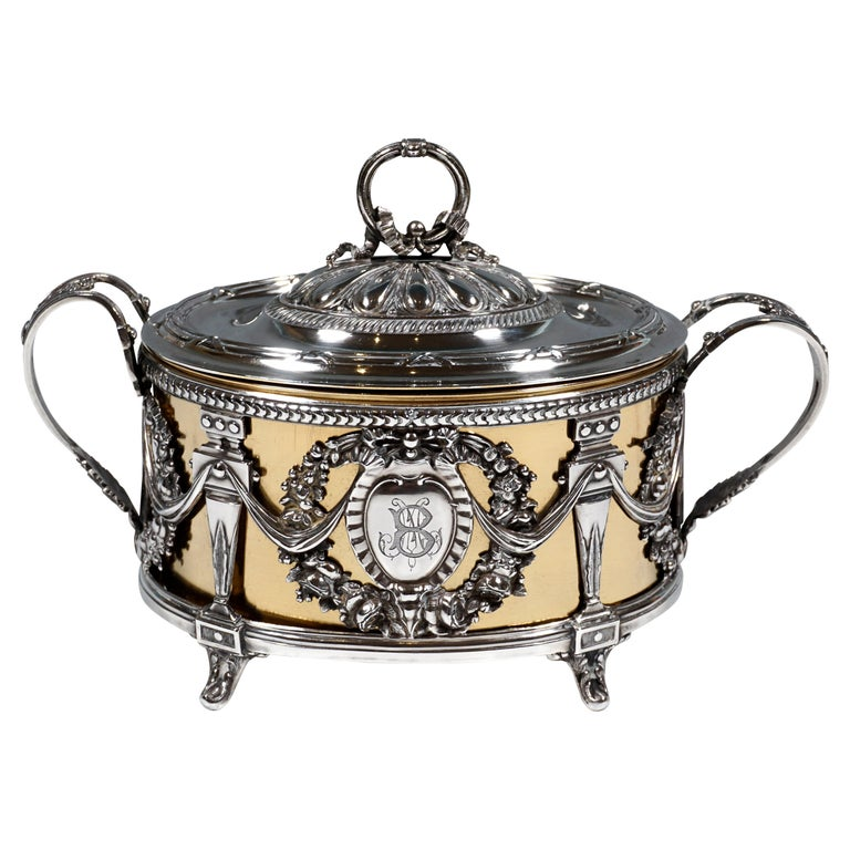 Magnificent Silver Sugar Bowl with Gilding, Adolphe Boulenger Paris, around 1890 For Sale