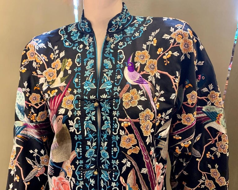 Magnificent Work of Art Hand Embroidered Chinese Silk Peacock Evening Coat In Good Condition In Tustin, CA