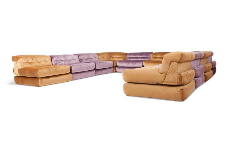Mah Jong Modular Sectional Sofa in Gold Velvet by Roche Bobois For Sale 5