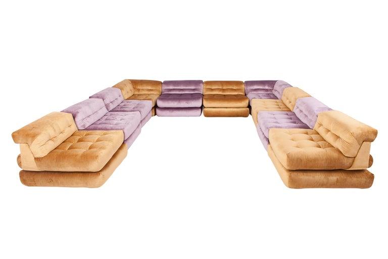 Mah Jong Modular Sectional Sofa in Gold Velvet by Roche Bobois For Sale 6