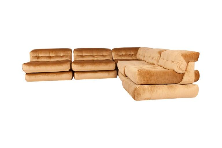 Mah Jong Modular Sectional Sofa in Gold Velvet by Roche Bobois For Sale 3
