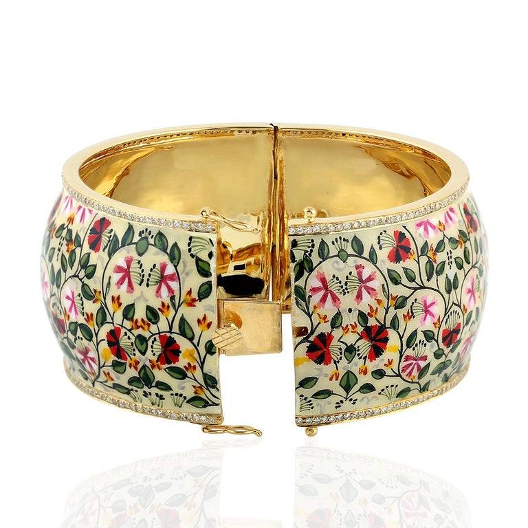 Maharaja Floral Enamel Diamond Bangle Bracelet In New Condition For Sale In Hoffman Estate, IL
