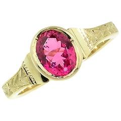 Mahenge Spinel in 18 Karat Gold Custom Ring