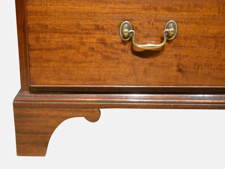 Mahogany 18th Century Chest of Drawers For Sale 2