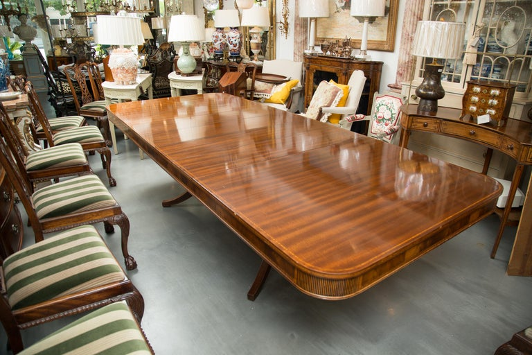 Wood Mahogany and Inlaid Dining Room Table For Sale