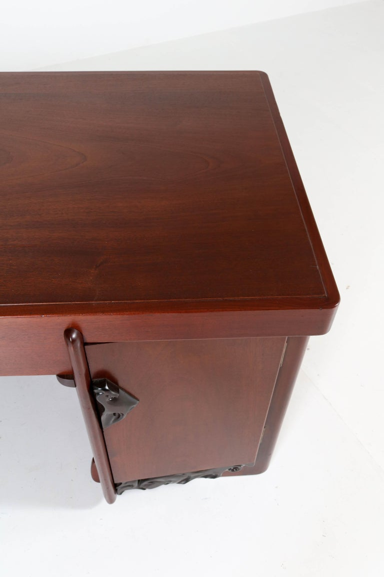 Mahogany Art Deco Amsterdam School Pedestal Desk by Willem Raedecker, 1920 For Sale 5