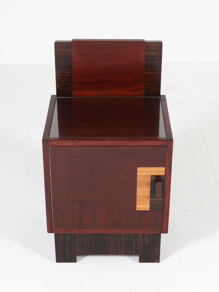 Mahogany Art Deco Haagse School Nightstands by 't Woonhuys, Amsterdam For Sale 1
