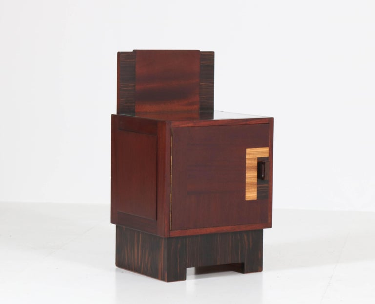 Mahogany Art Deco Haagse School Nightstands by 't Woonhuys, Amsterdam For Sale 3