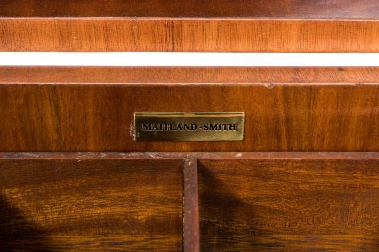 Mahogany Cellaret on Castors In Good Condition For Sale In Stamford, CT