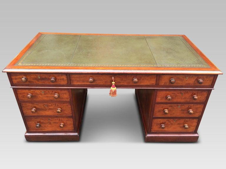 Mahogany Desk, English, circa 1850 For Sale 1
