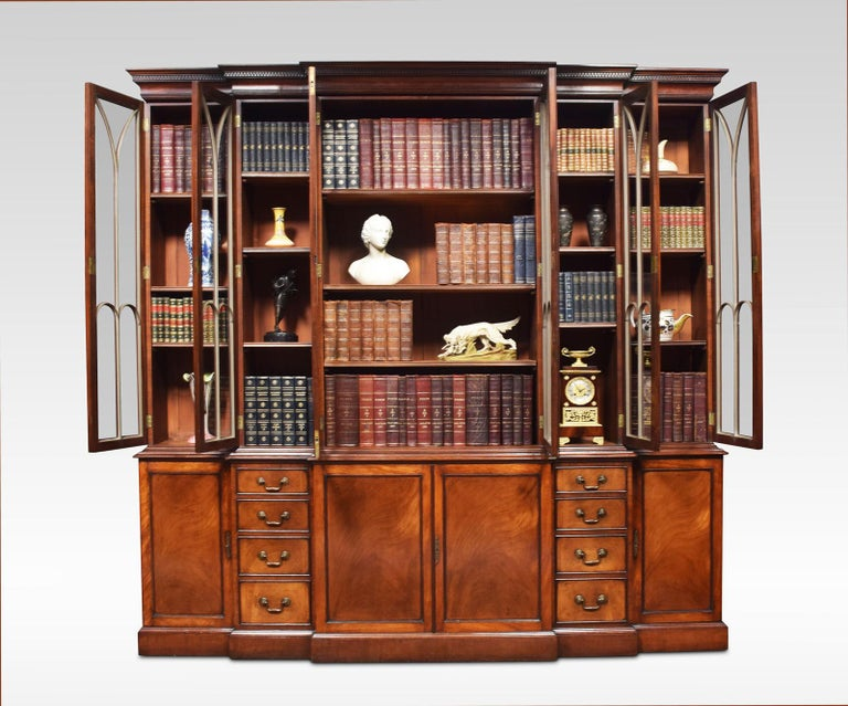 Mahogany Double Breakfront Bookcase In Good Condition For Sale In Cheshire, GB