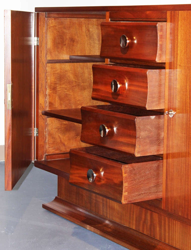 Mid-20th Century Mahogany French Art Deco Buffet For Sale