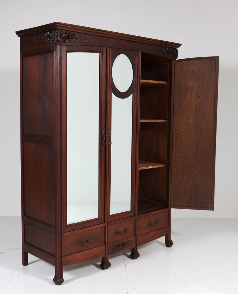 Mahogany French Art Nouveau Armoire or Wardrobe, 1900s For Sale 5