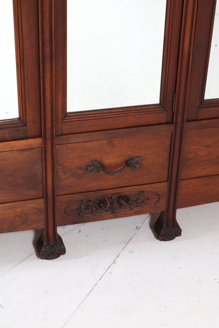 Mahogany French Art Nouveau Armoire or Wardrobe, 1900s For Sale 1