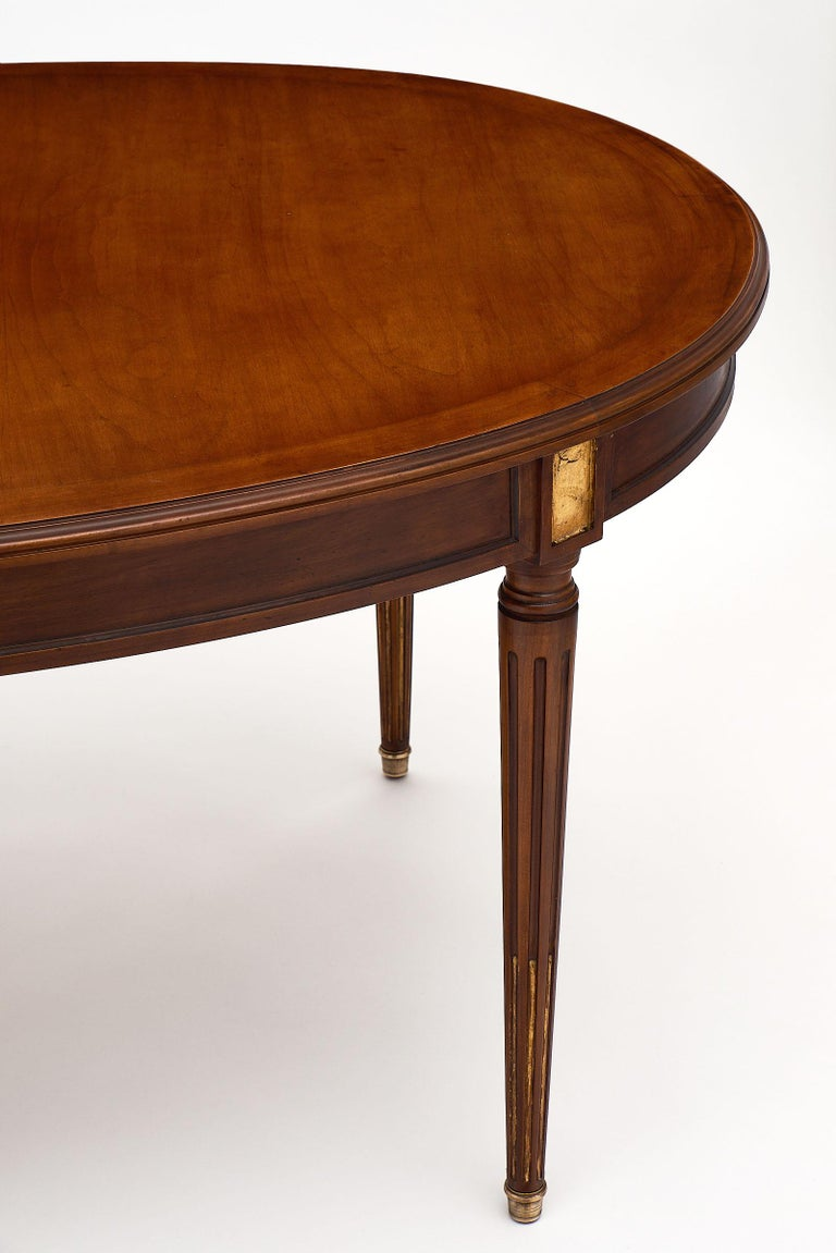 Early 20th Century Mahogany Louis XVI Style Antique Dining Table For Sale