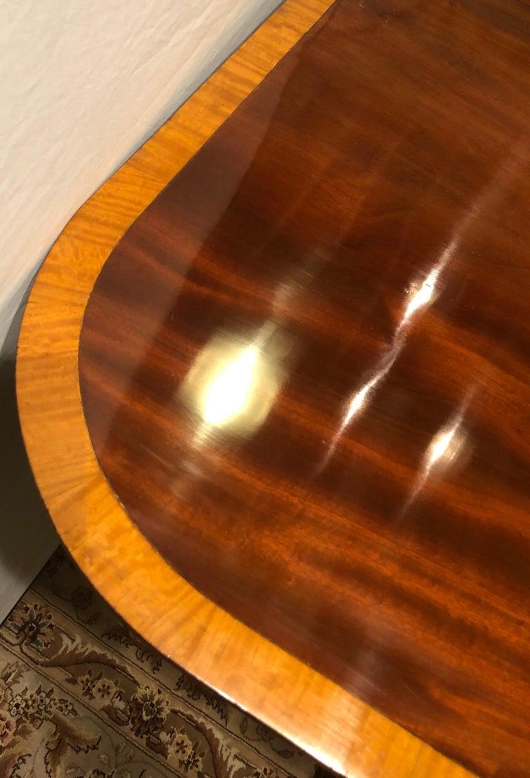 Mahogany Satinwood Banded Georgian Style Triple Pedestal Dining Table 10