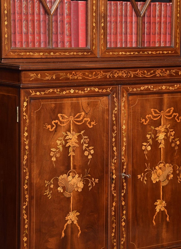 Mahogany Two-Door Inlaid Bookcase In Good Condition For Sale In Cheshire, GB
