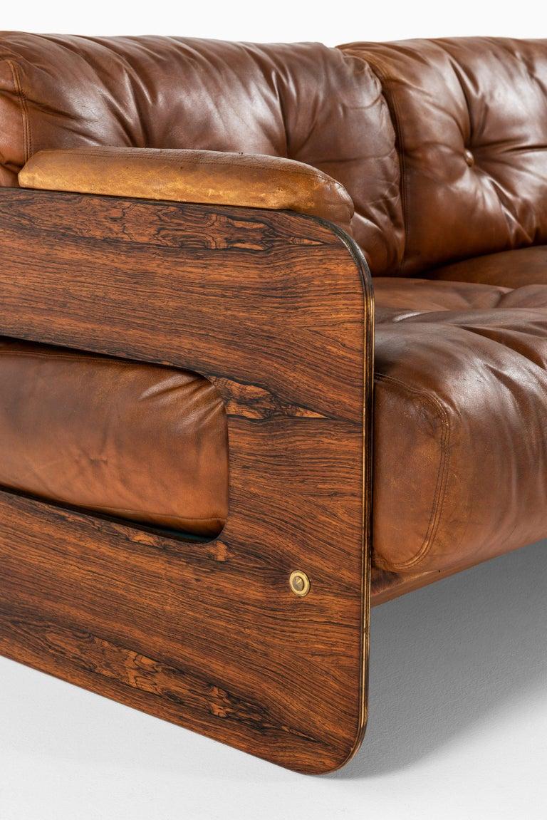 Scandinavian Modern Maija Ruoslahti Sofa Produced by Sopenkorpi in Finland For Sale