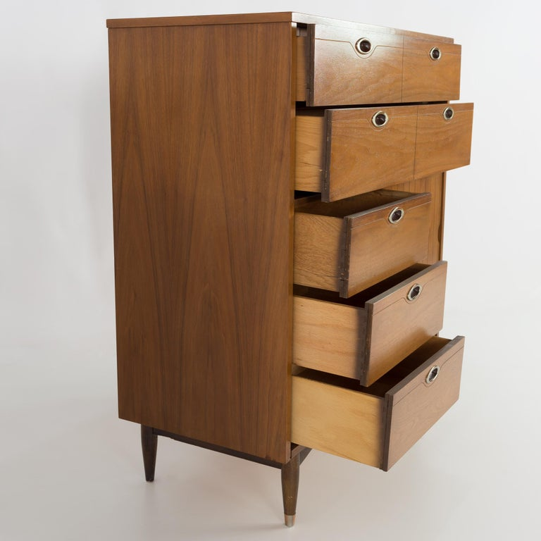 Mainline by Hooker 8 Drawer Mid Century Walnut Highboy Dresser For Sale 3
