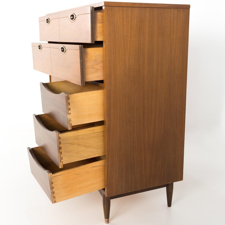 Mainline by Hooker 8 Drawer Mid Century Walnut Highboy Dresser For Sale 4