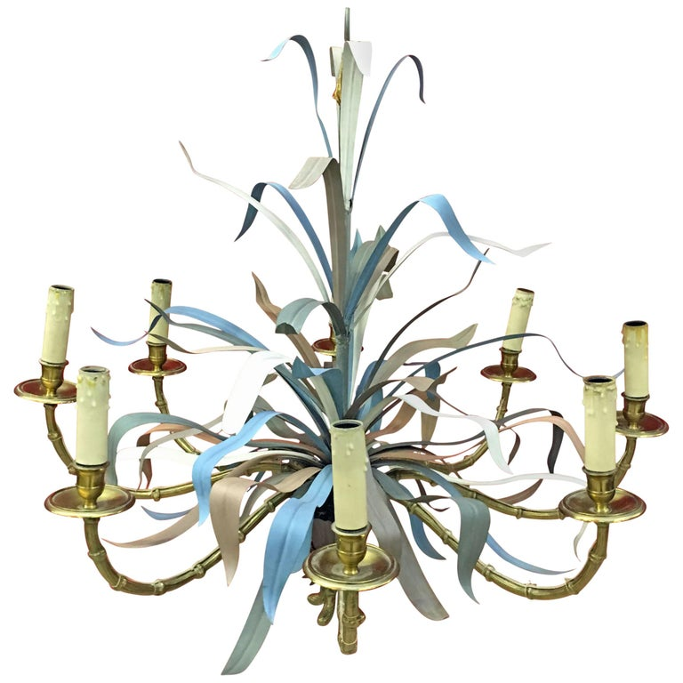 Maison Baguès, Large Chandelier in Gilded Bronze and Lacquered Metal circa 1950 For Sale