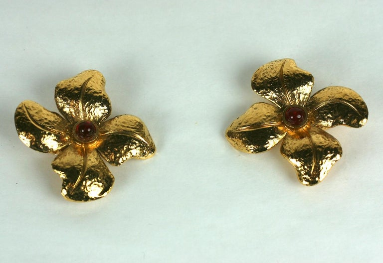 Maison Gripoix for Chanel Hammered Flower Earrings In Excellent Condition For Sale In Riverdale, NY