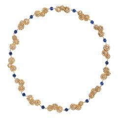 Daisy, 18 Karat Yellow Gold, Sapphire, Diamonds Necklace