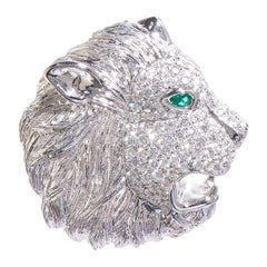 Lion Roar, 18 Karat White Gold, Sapphire, Diamonds Pendant