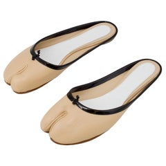 Maison Margeila Beige Leather Slides with Black Patent Leather Trim