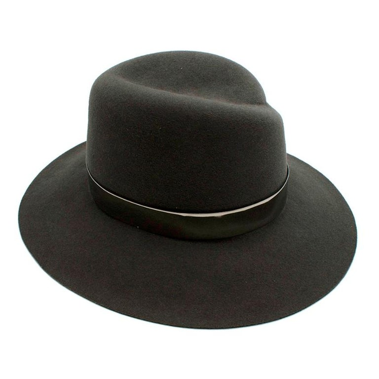 Maison Michel Grey Felt Fedora Hat with Metal Band M In Excellent Condition For Sale In London, GB