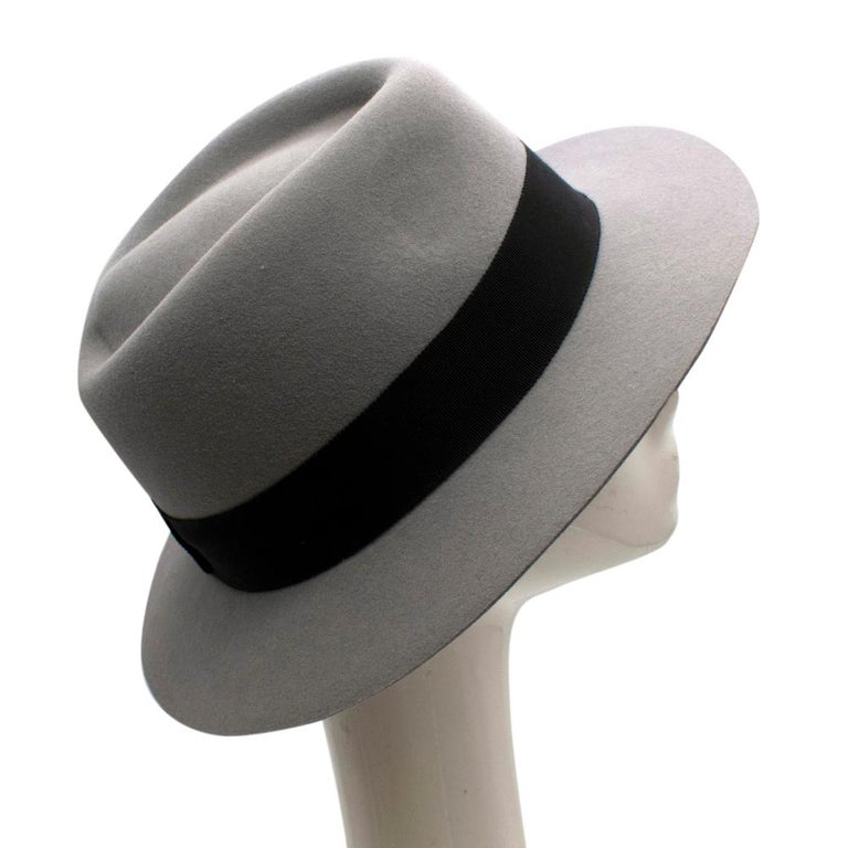 Maison Michel Paris Wool Felt Hat Grey  - Grosgrain hatband  - Logo detail  - Composition: 100% Wool  - Grey Colour   Materials: 100% Wool  - 55 cm