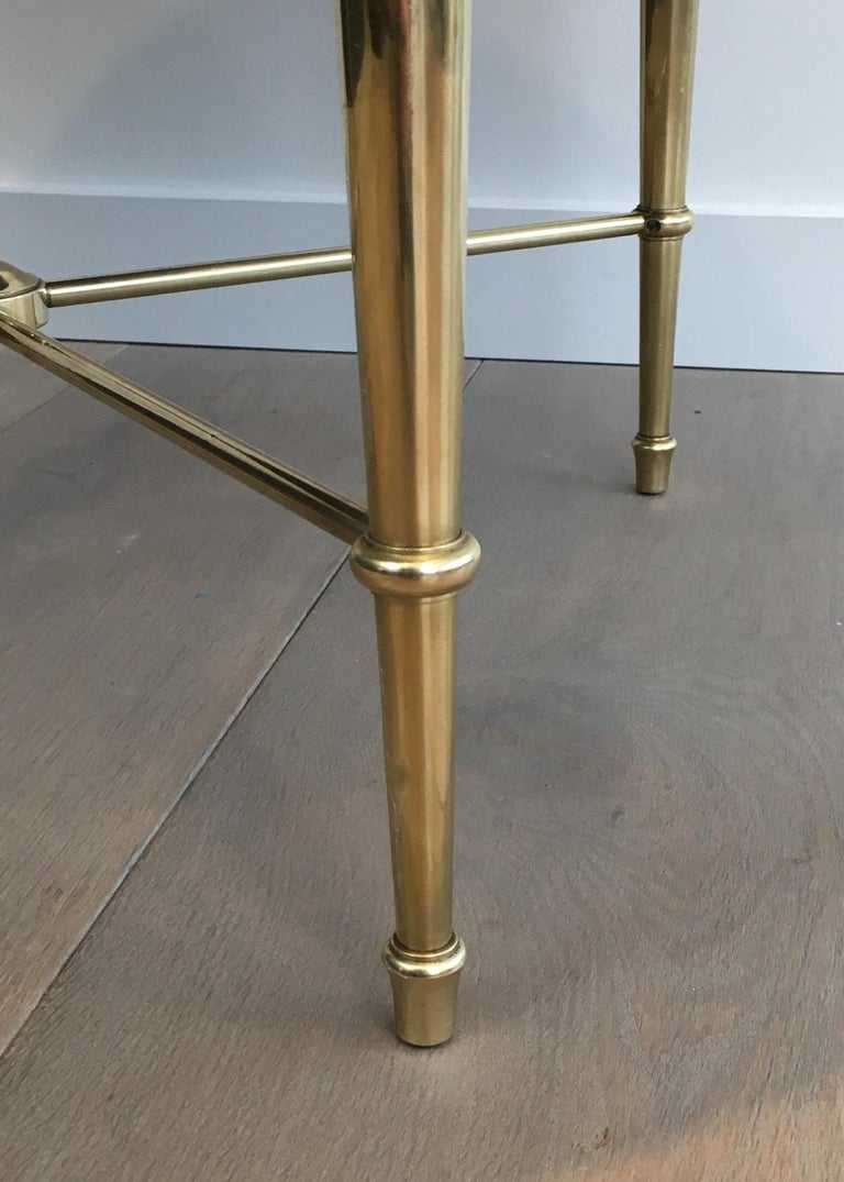 Maison Ramsay, Neoclassical Round Brass Coffee Table with Eglomized Glass Top For Sale 7