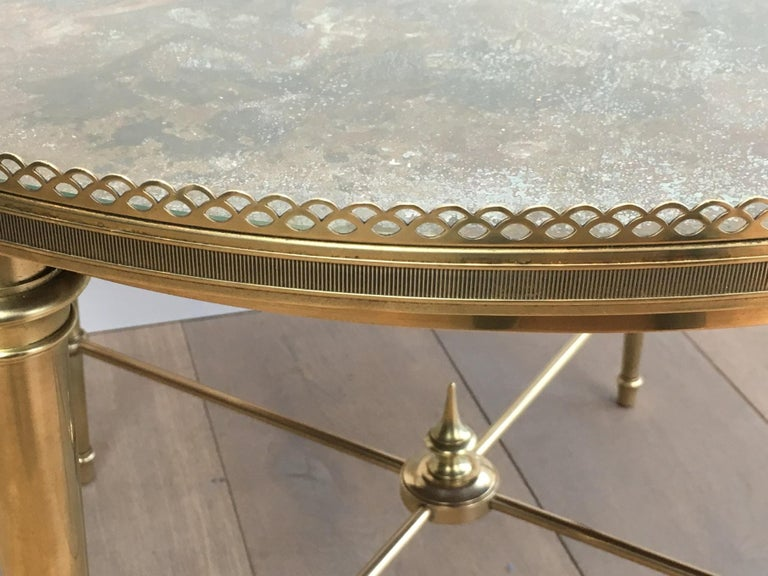 Maison Ramsay, Neoclassical Round Brass Coffee Table with Eglomized Glass Top For Sale 9
