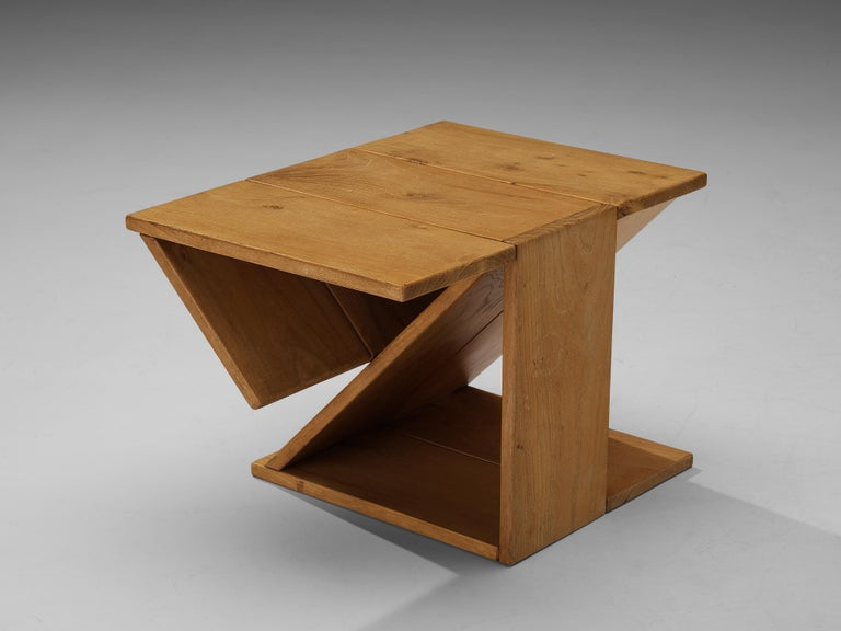 Maison Regain Sculptural Side Table in Solid Elm In Good Condition For Sale In Waalwijk, NL