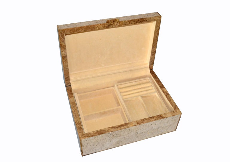 Maitland-Smith Vintage Beige Tessellated Stone and Onyx Decorative Jewelry Box For Sale 5