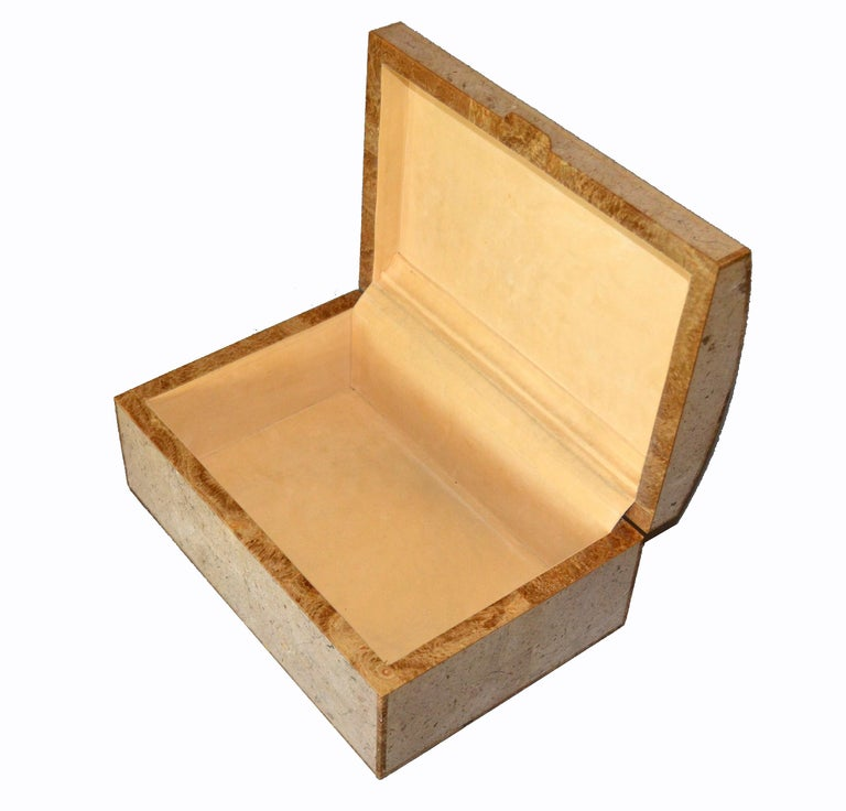 Maitland-Smith Vintage Beige Tessellated Stone and Onyx Decorative Jewelry Box For Sale 2