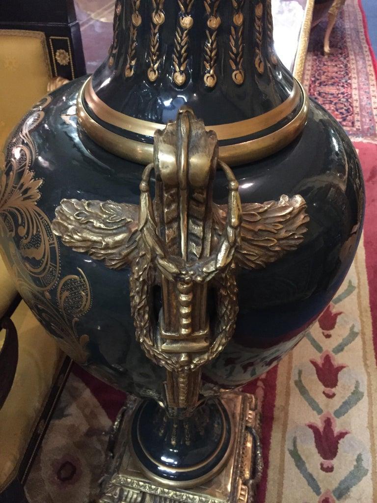 Majesatical Sevre Vase in 18th Century Style, Paris 12