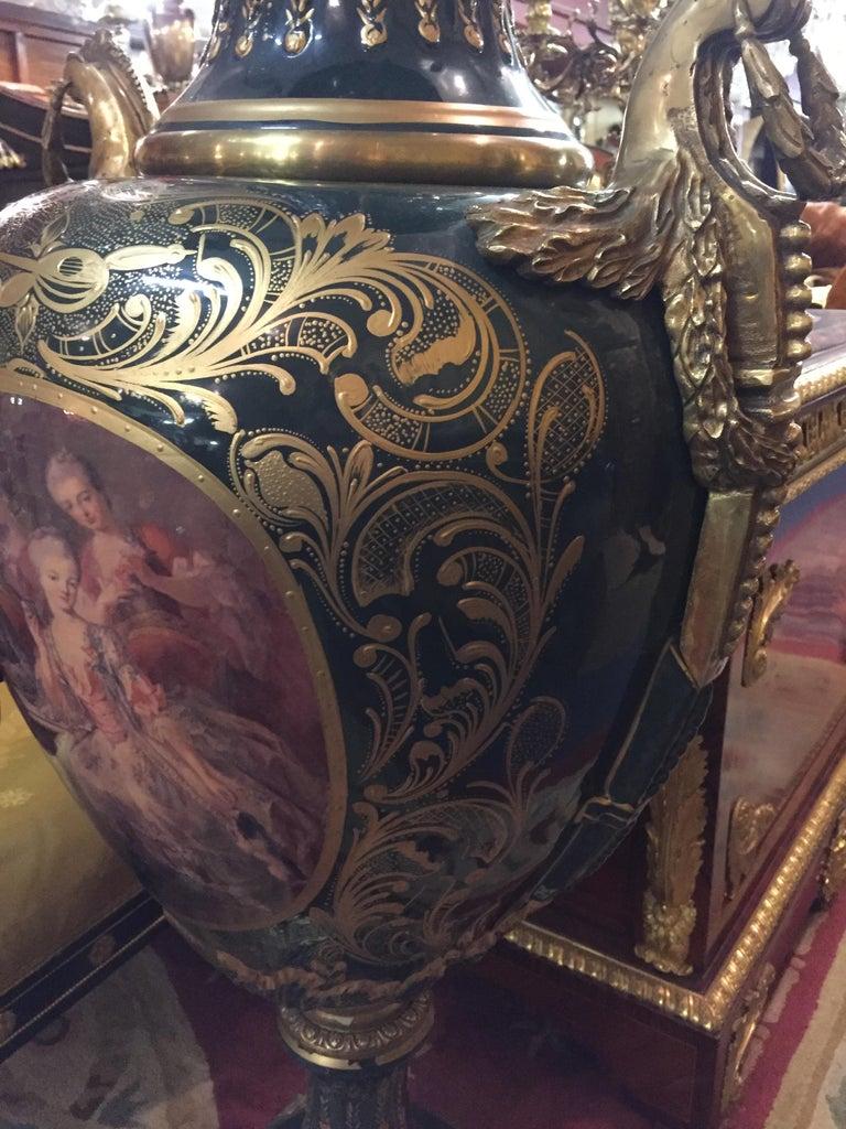 Majesatical Sevre Vase in 18th Century Style, Paris For Sale 10