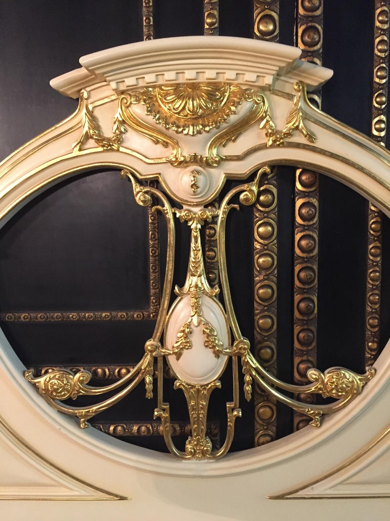 Majestic Baroque Bed in the Style of Louis XVI For Sale 5