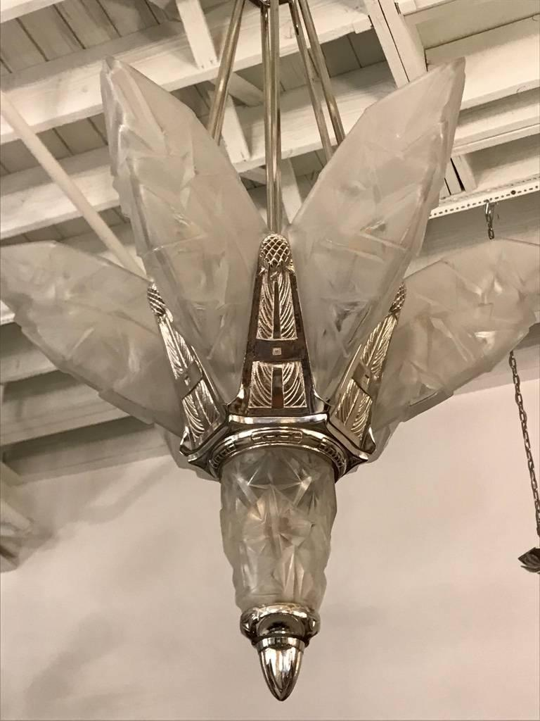 French Art Deco Chandelier Signed by Degue In Excellent Condition For Sale In North Bergen, NJ