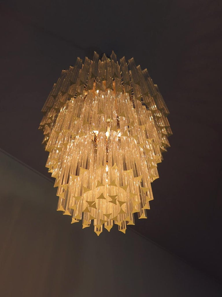 Majestic Italian Pair of Triedri Chandeliers, 184 Prism, Murano In Excellent Condition For Sale In Budapest, HU