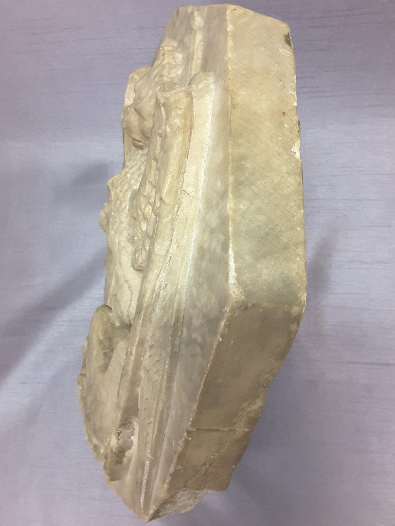 Majestic Winged Lion Building Fragment, Birmingham, Late 18th-Early 19th Century For Sale 1