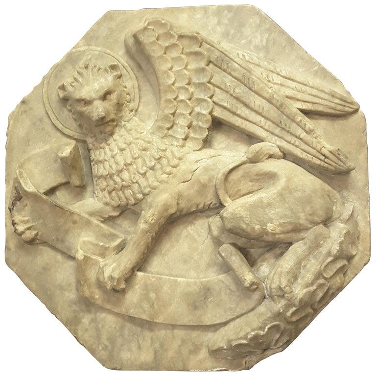 Majestic Winged Lion Building Fragment, Birmingham, Late 18th-Early 19th Century For Sale