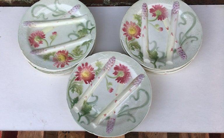 Art Nouveau Majolica Asparagus Plate with Mums Keller & Guerin Saint Clement For Sale