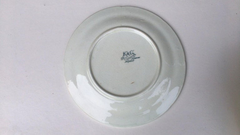 French Majolica Asparagus Plate with Mums Keller & Guerin Saint Clement For Sale