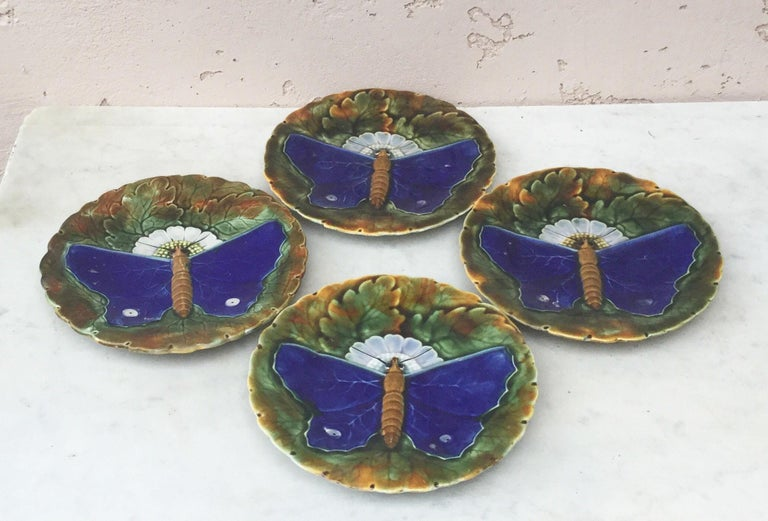 Majolica Blue Butterfly Plate Josef Steidl Znaim, circa 1890 In Good Condition For Sale In The Hills, TX