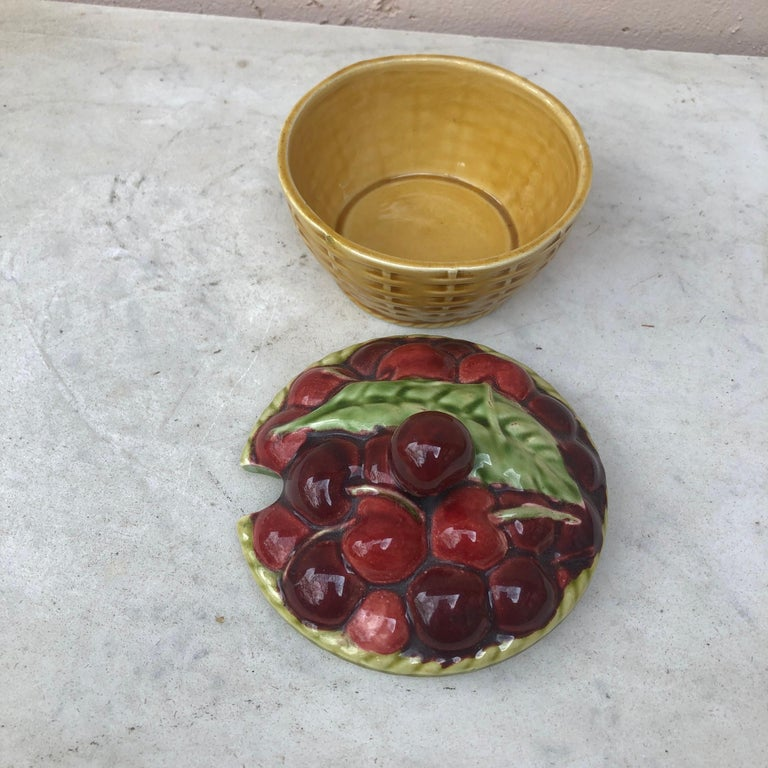 Country Majolica Cherries Basket Sarreguemines, circa 1920 For Sale